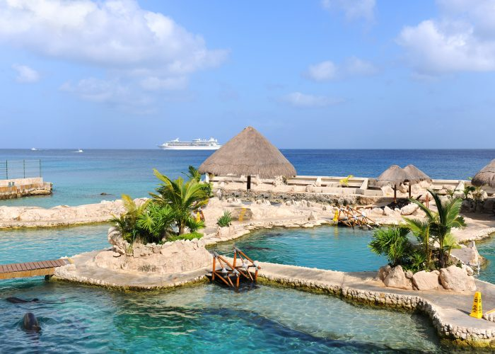 https://www.smartertravel.com/uploads/2016/09/Best-Cruise-Destination-in-Western-Caribbean-Cozumel-700x500.jpg