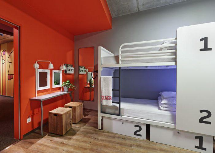 10 misconceptions about hostels debunked smartertravel. Black Bedroom Furniture Sets. Home Design Ideas