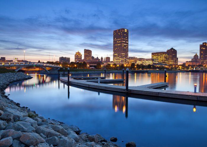 Milwaukee: Hotel Metro Bed & Breakfast Package from $200