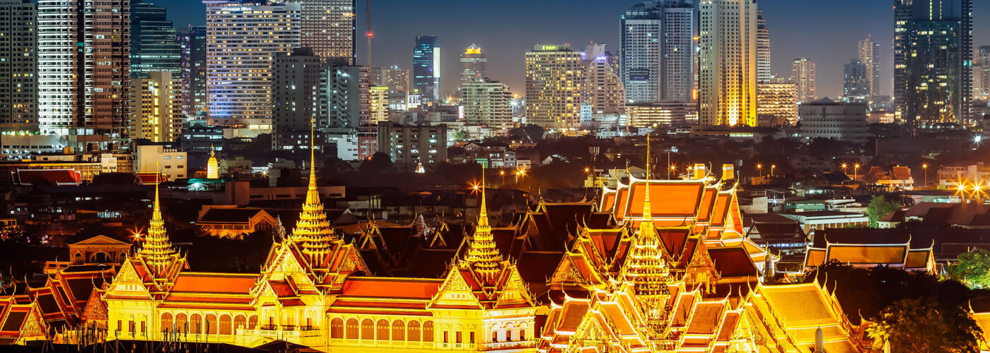 bangkok grand palace at night.