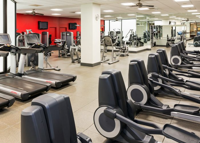 airport hotel fitness