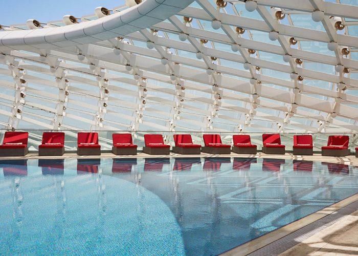 airport hotel pools
