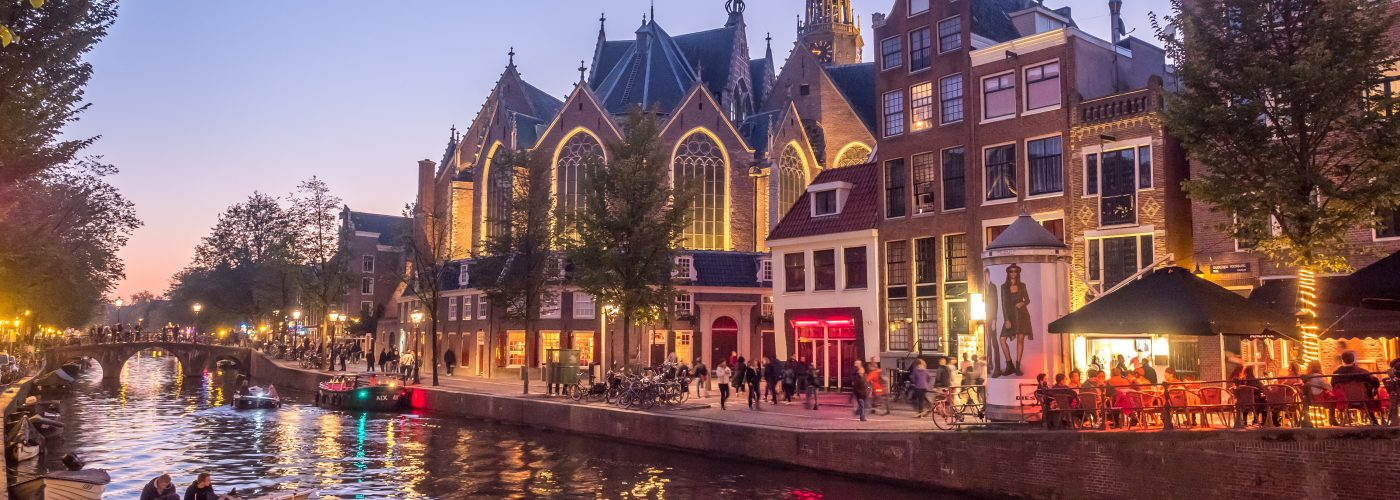Is Red Light District in Amsterdam Safe  Warnings   Dangers ... 4c5c9a58e