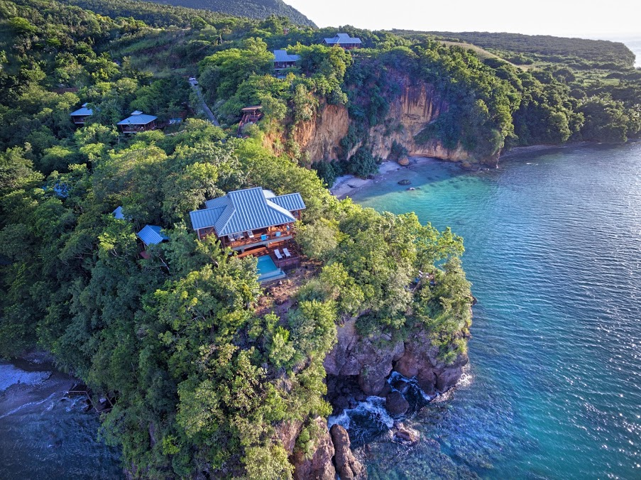 Secret bay treehouse hotel
