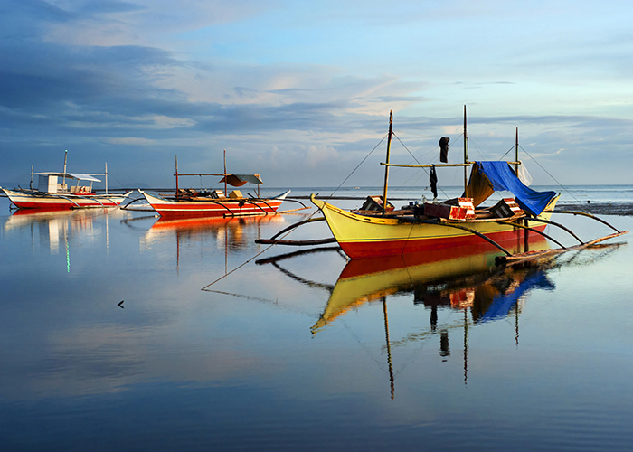 boats in the philippines
