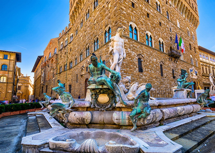sculpture and fountain florence