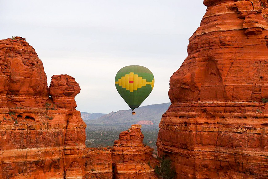 hot air balloon in sedona, arizona
