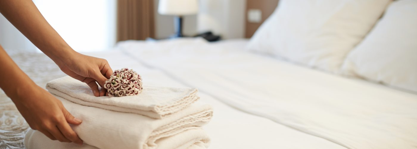 How to Find a Clean Hotel Room