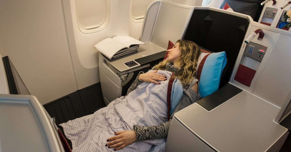 9 Must Dos Before A Long Flight Smartertravel