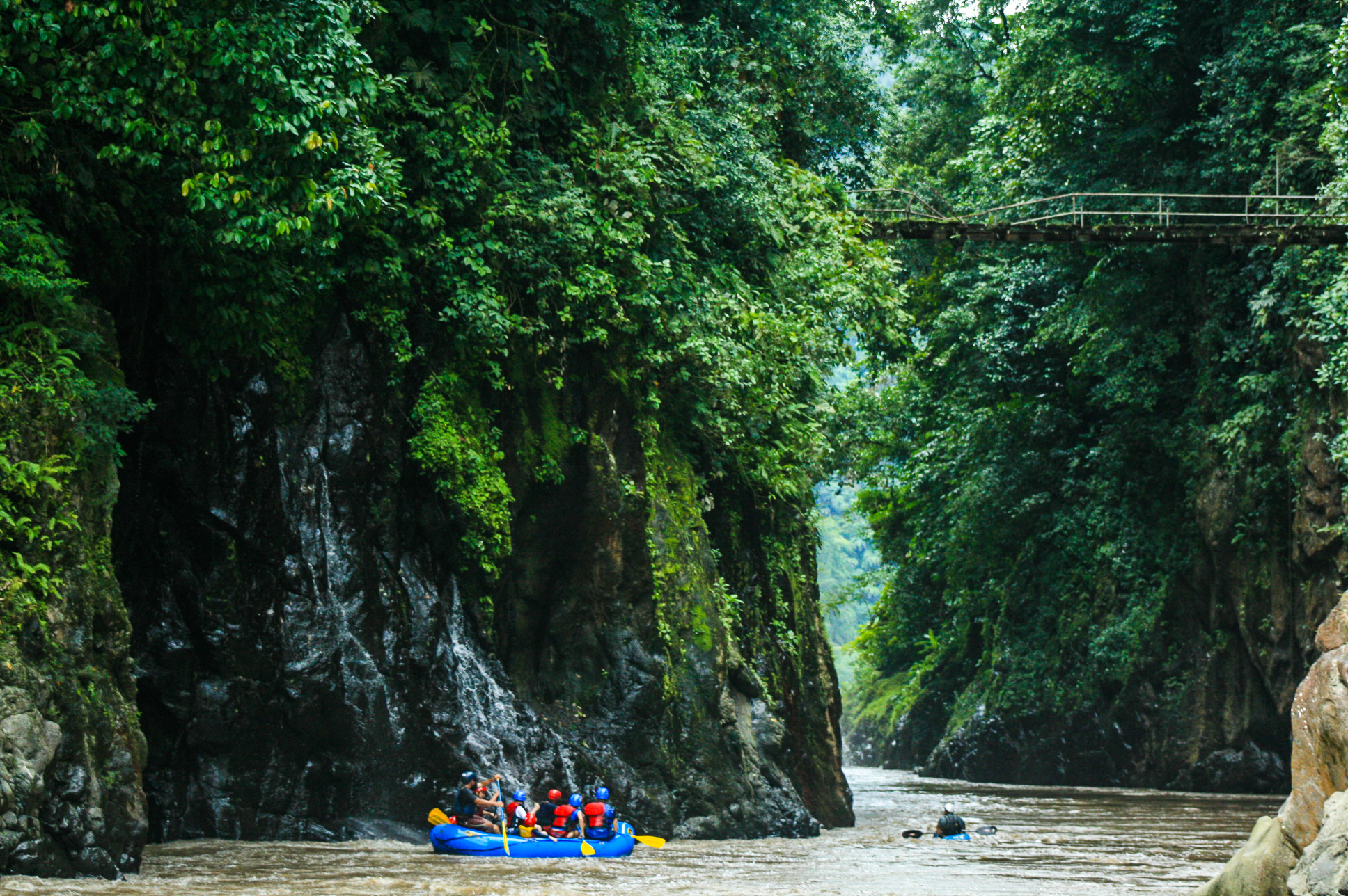 best things to do in costa rica raft