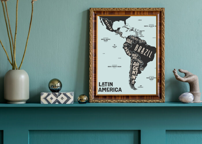home decor travel souvenirs map candle vases