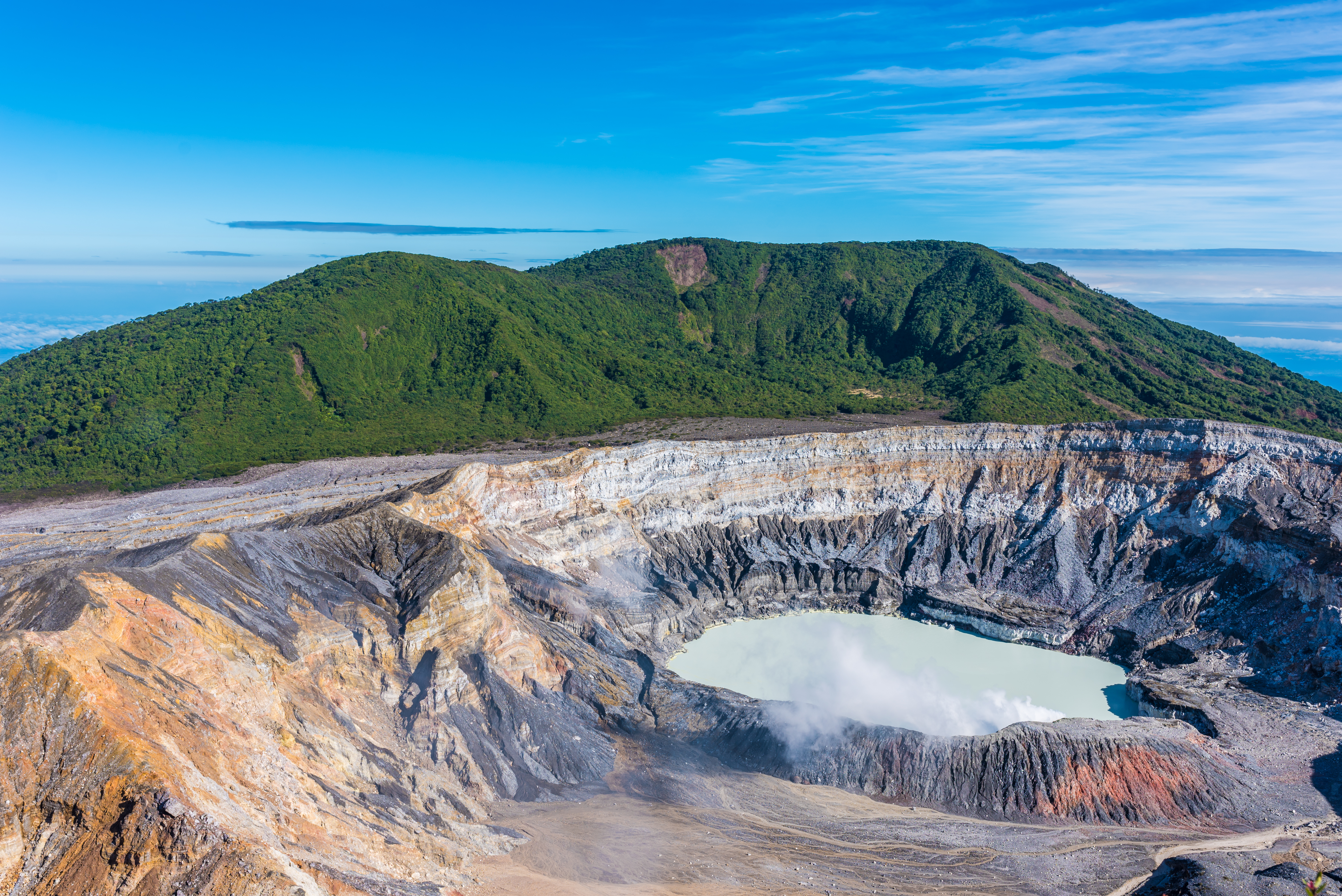 best things to do in costa rica volcano