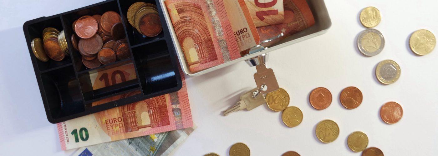 inexpensive countries spending money