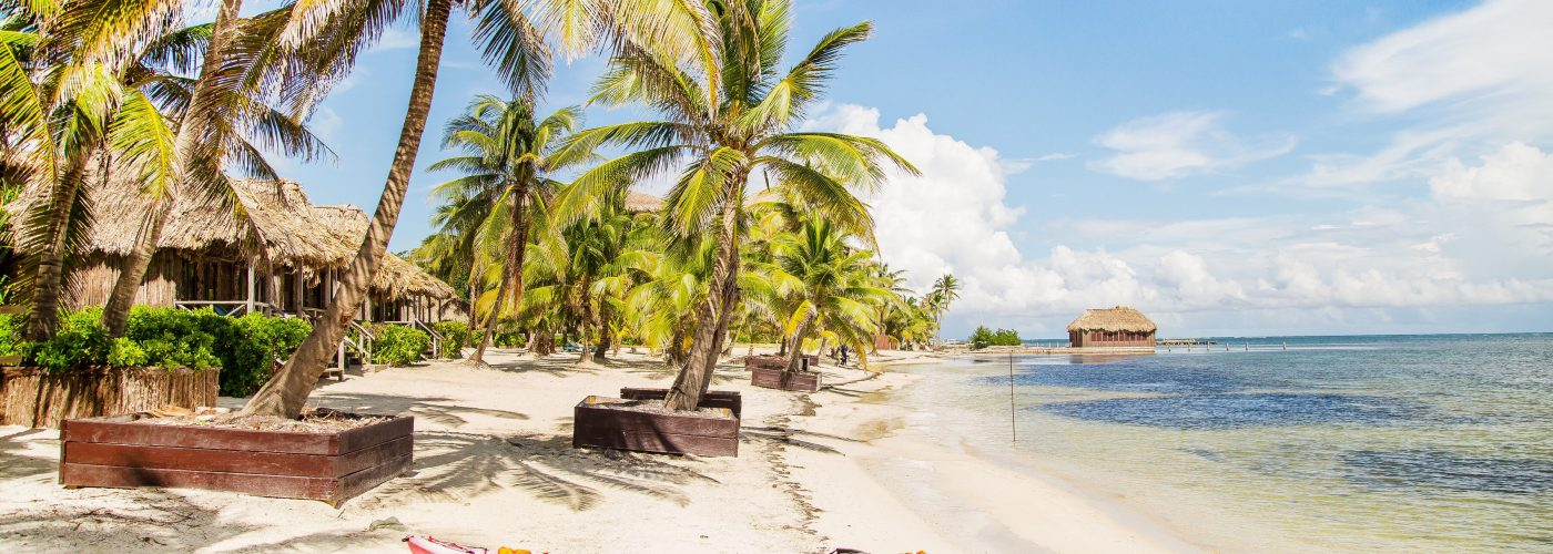 live abroad Belize beach