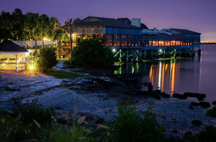 9 Great Tampa Restaurants On The Water