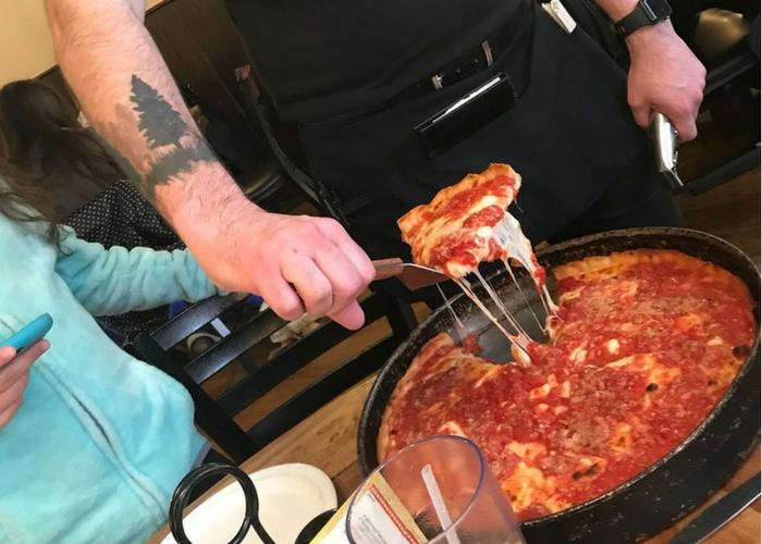 Lou malnati's pizzeria