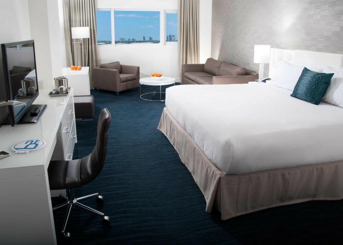 cheap hotels in miami
