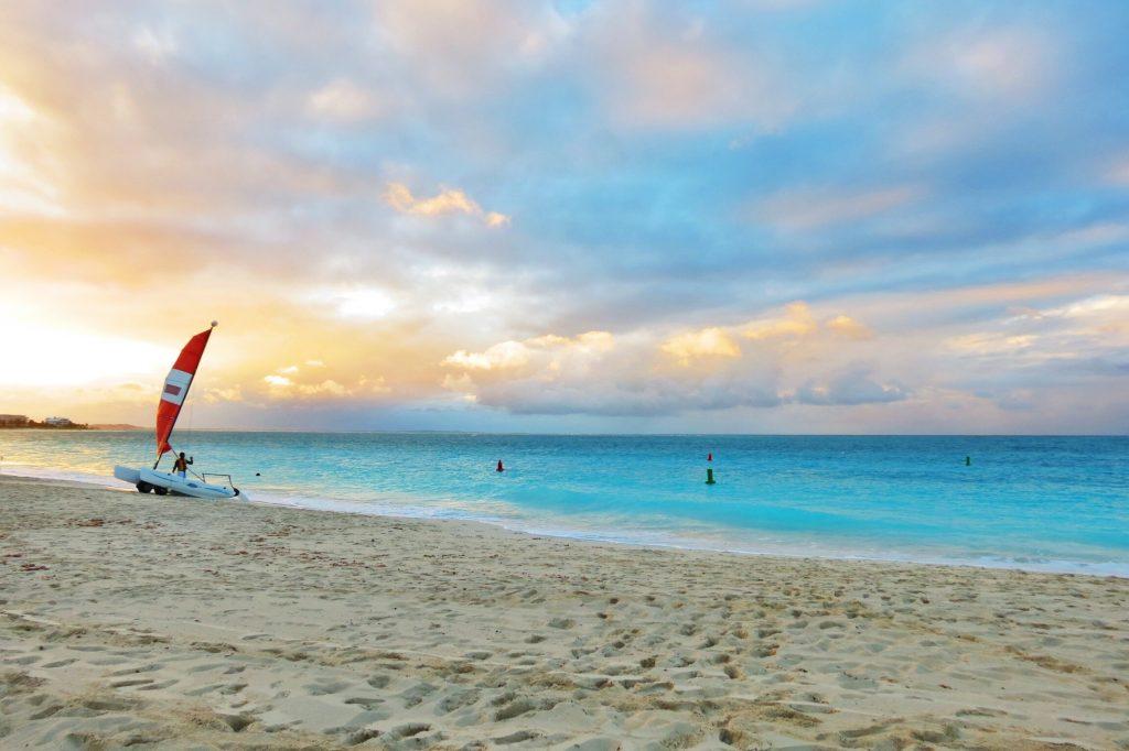 editors choice beach destination winner