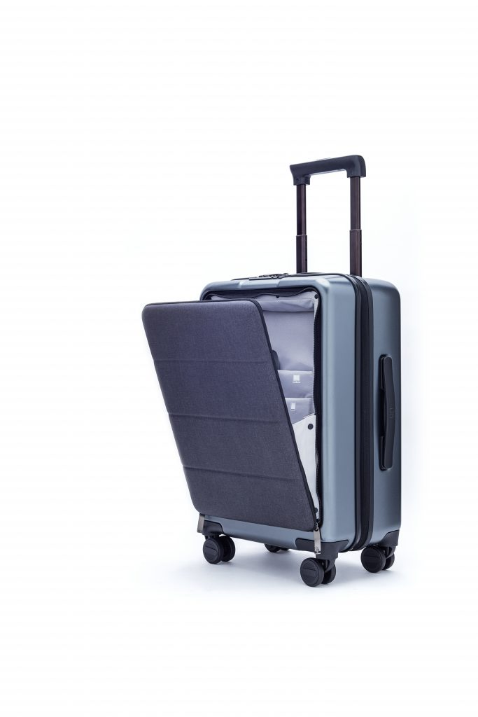 90fun Passport 20 Inch Carry On Spinner Review A Biz