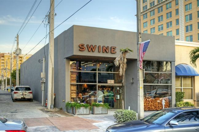 Swine southern table & bar