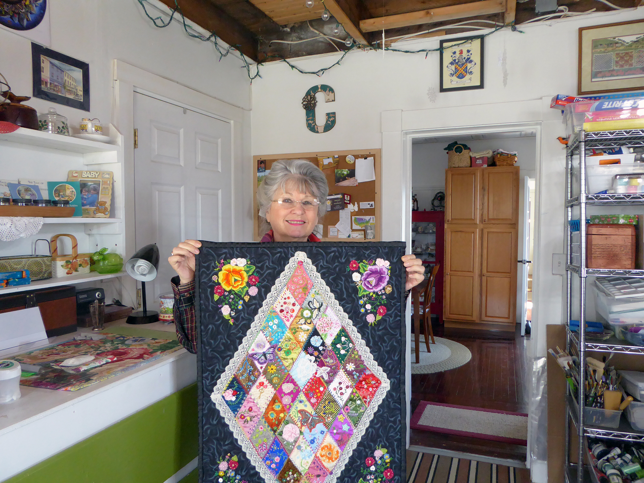 christina smith with quilt