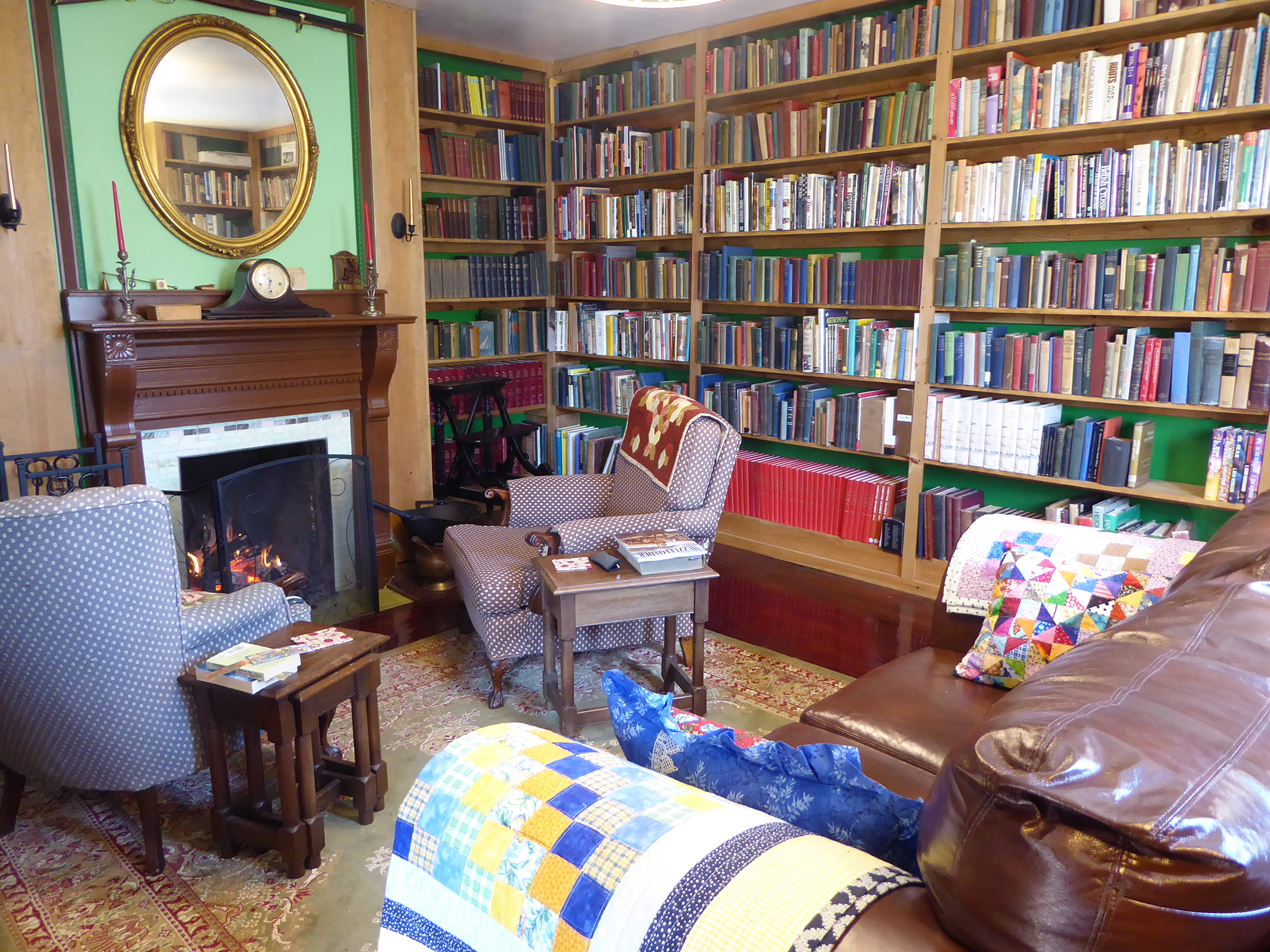 john smith books living room