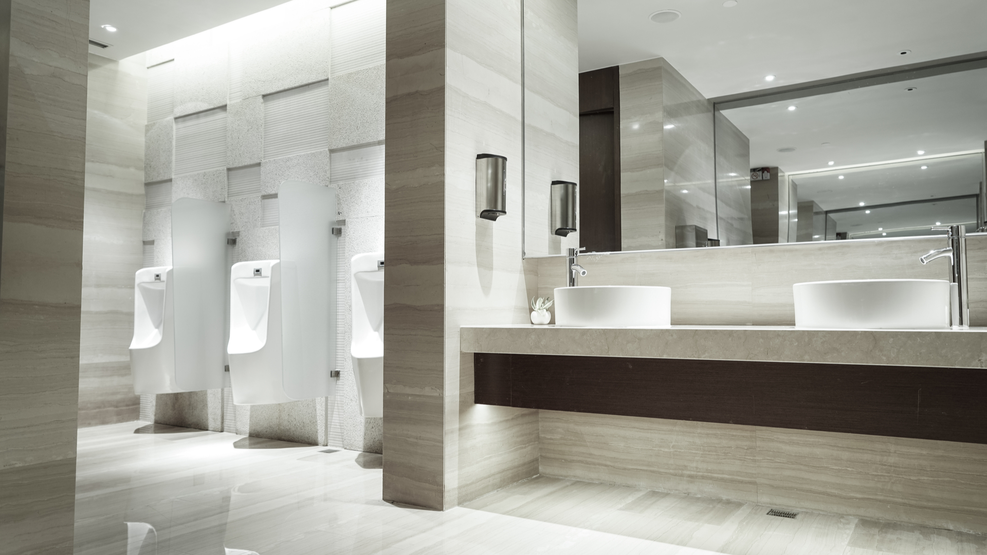 3 Ways To Find A Bathroom While Traveling Smartertravel