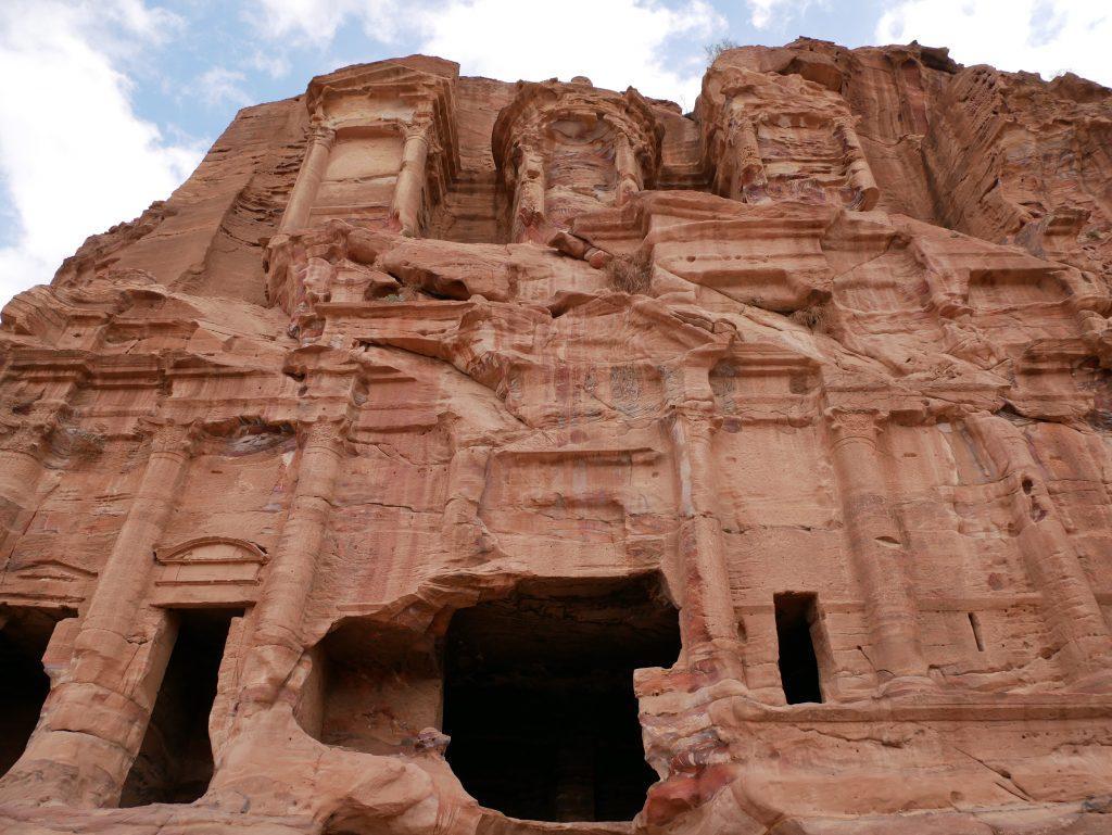 Ruins visiting petra
