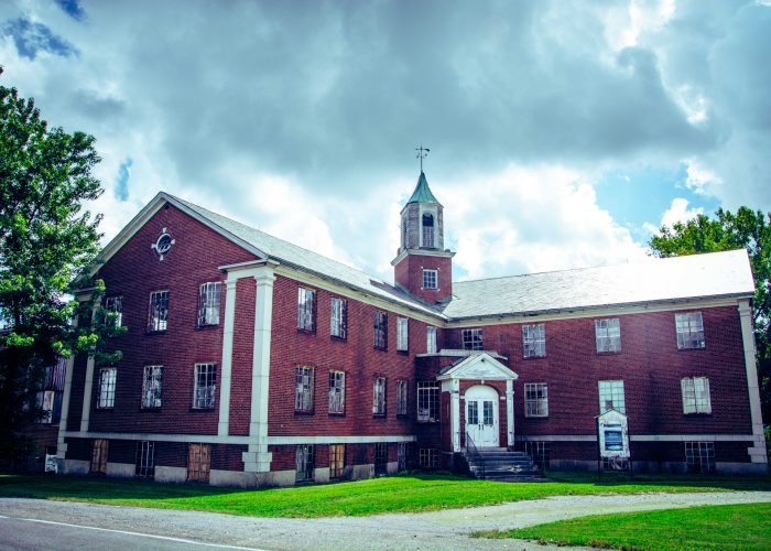 exterior of Rolling Hills Asylum Haunted New York State