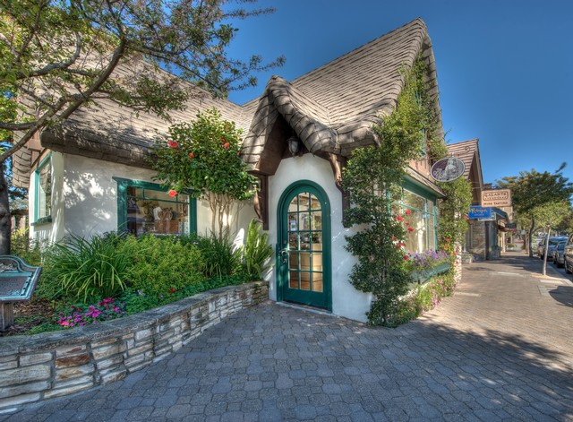 House in carmel-by-the-sea
