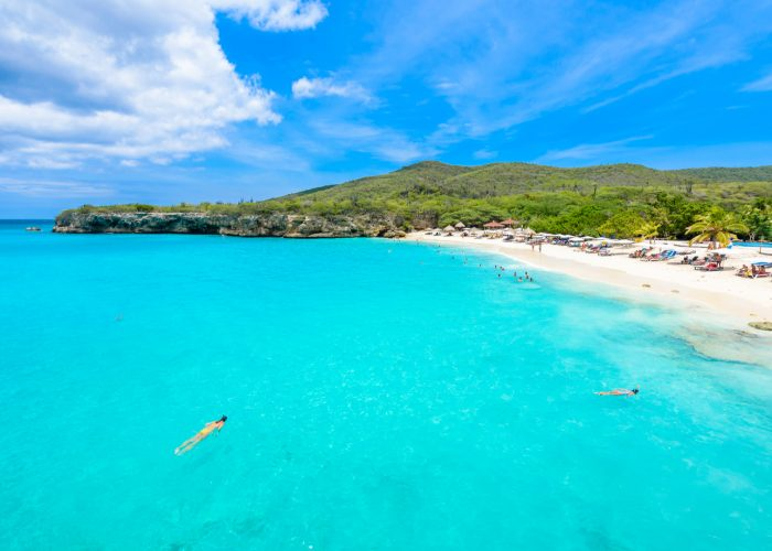 curacao beach blue water