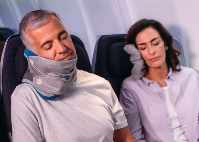Editors' Choice Awards: The Best New Travel Pillows of 2018