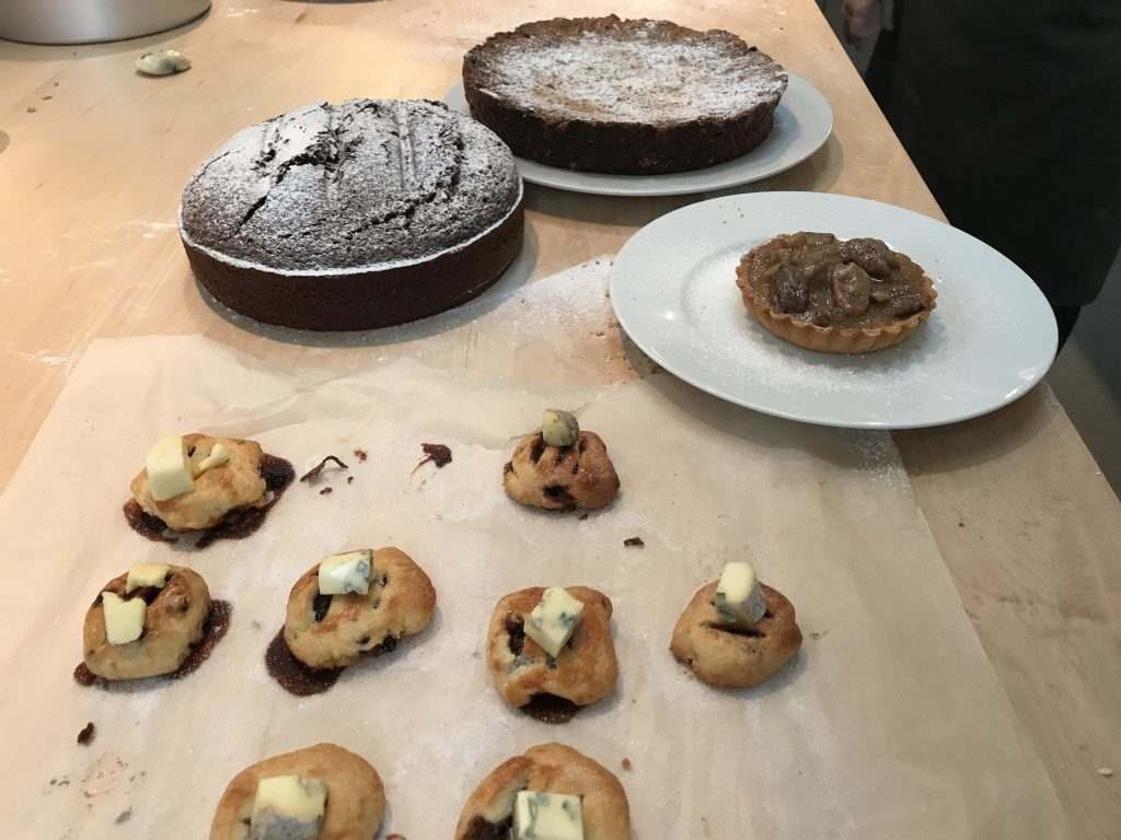 traditional english holiday baked goods