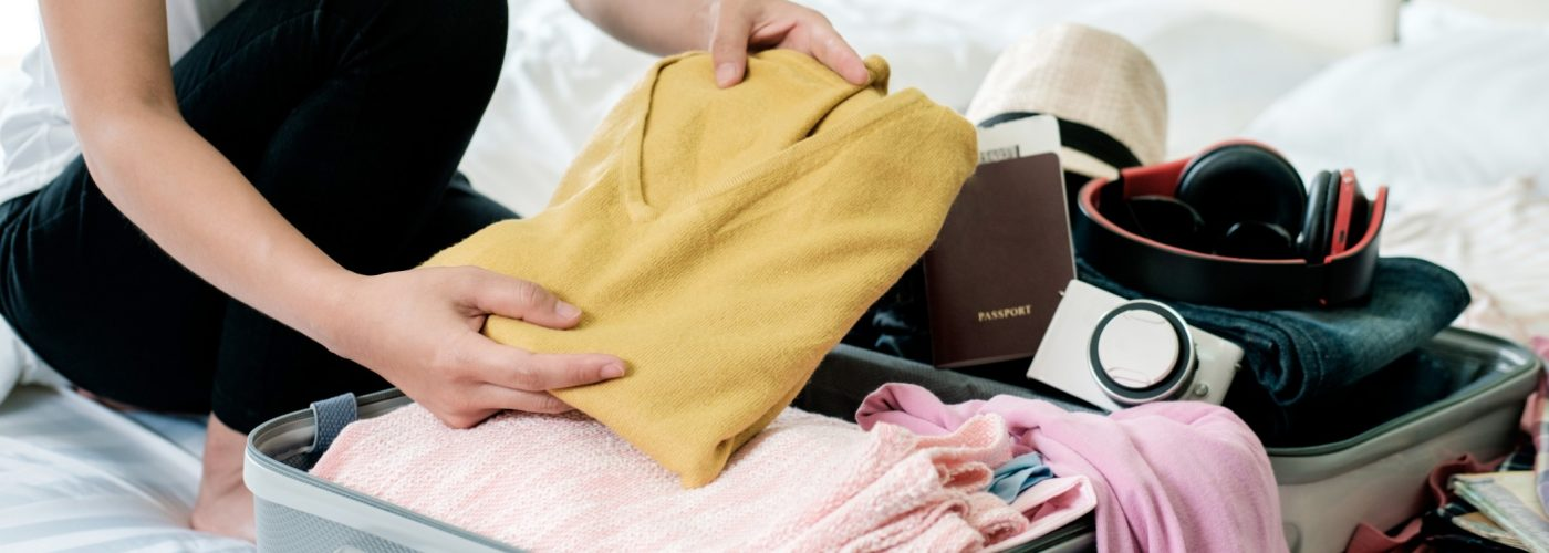 packing wrinkle free clothes in a suitcase