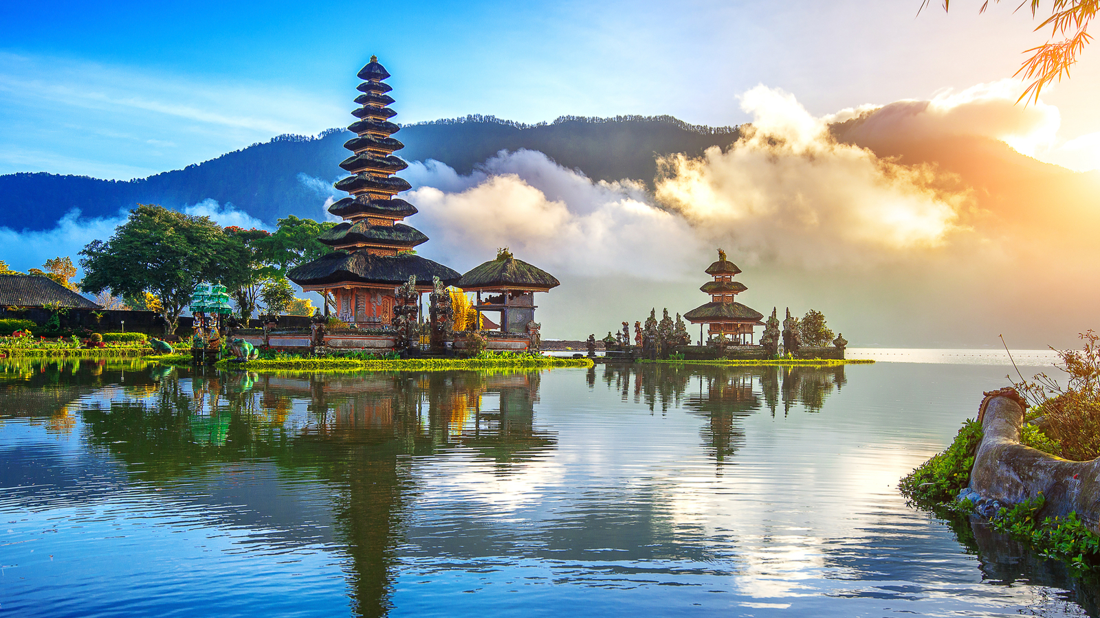 Tipping in Indonesia: The Indonesia Tipping Guide