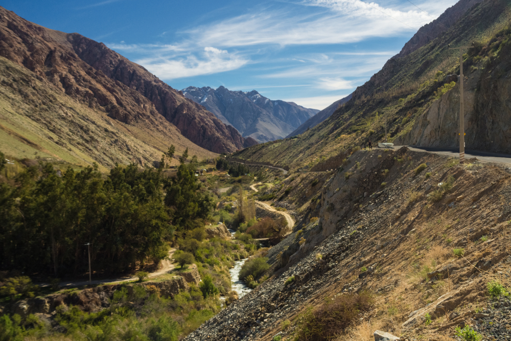 River winding through a steep portion of the elqui valley