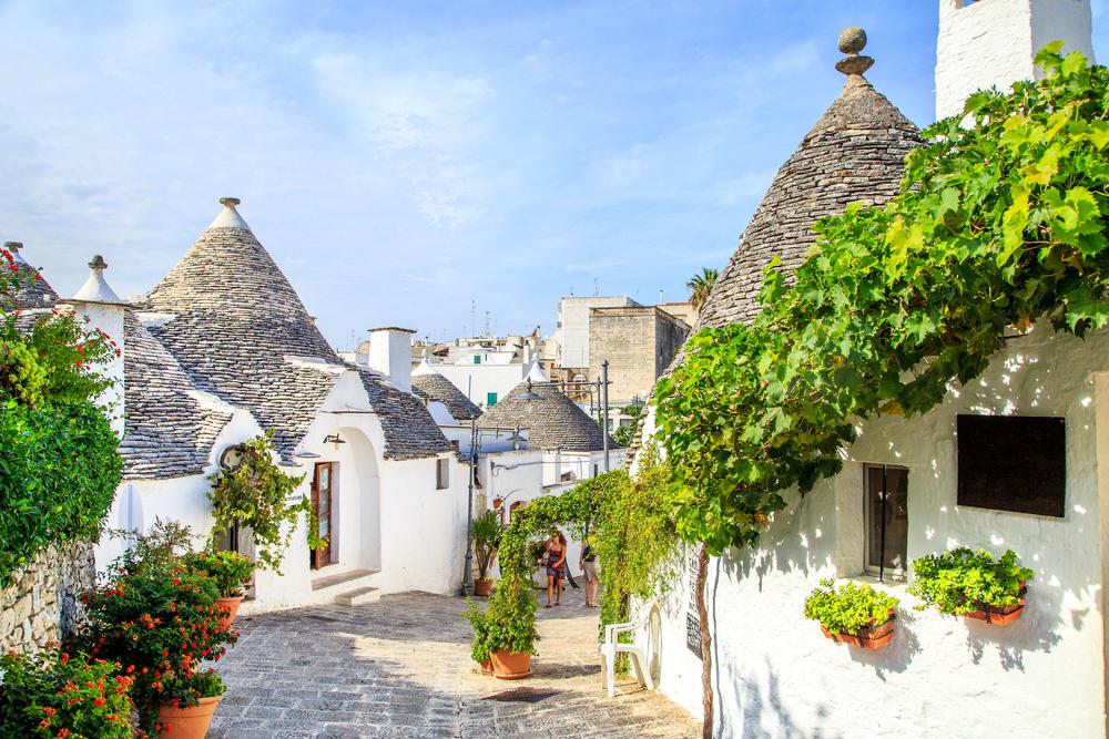 itay-south-coast-white-houses