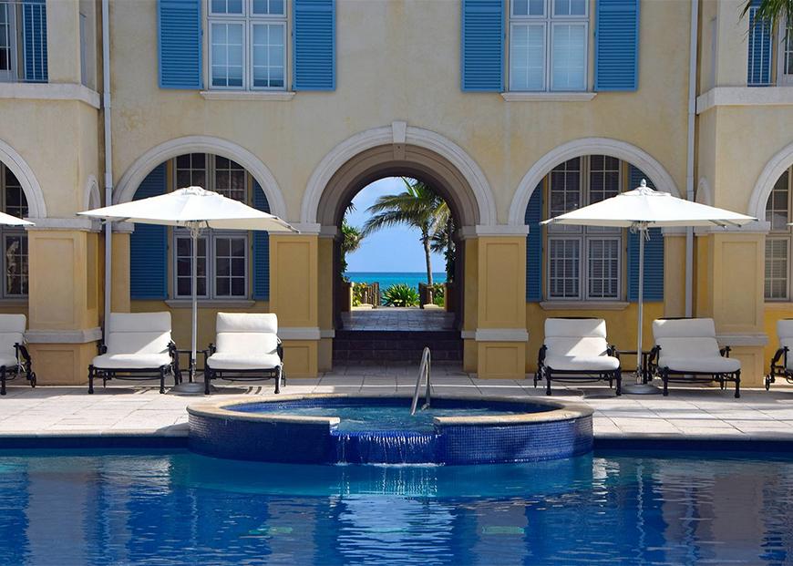 pool villa renaissance