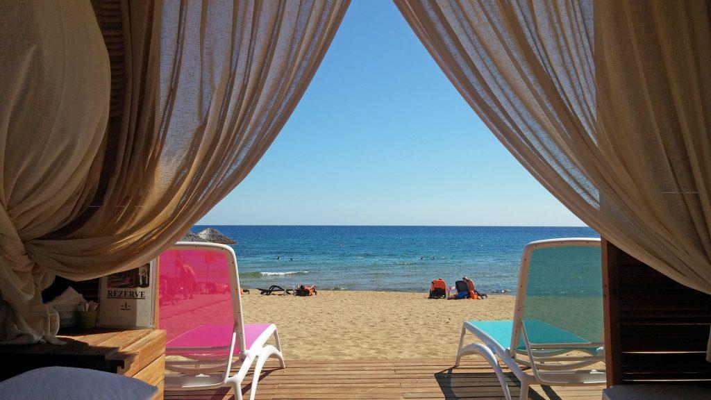 beach-vip-bungalow