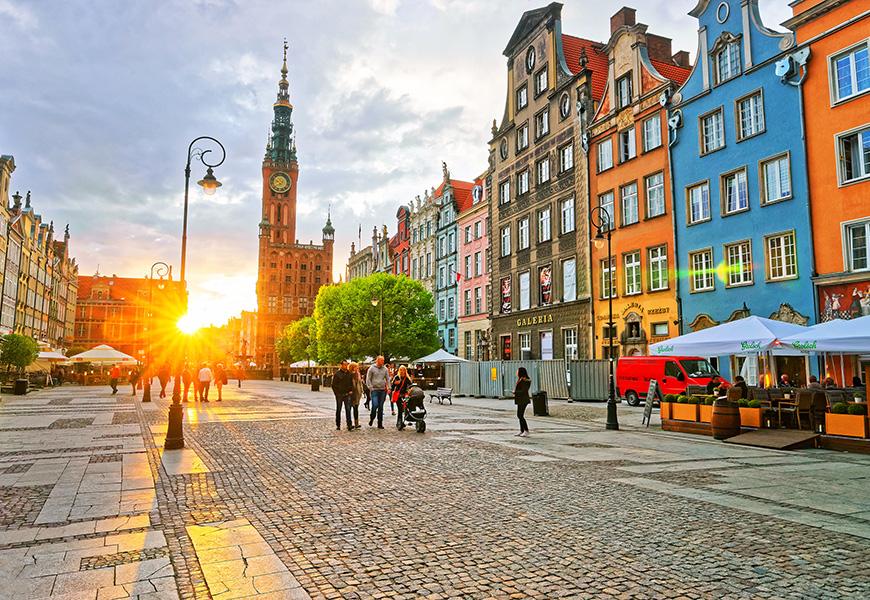 gdansk street sunset