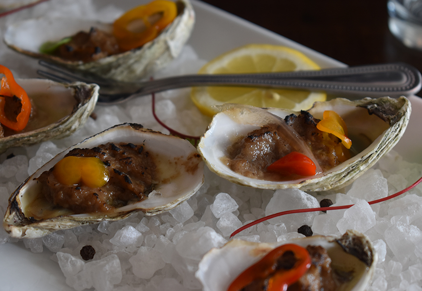 oysters at surf house carolina beach