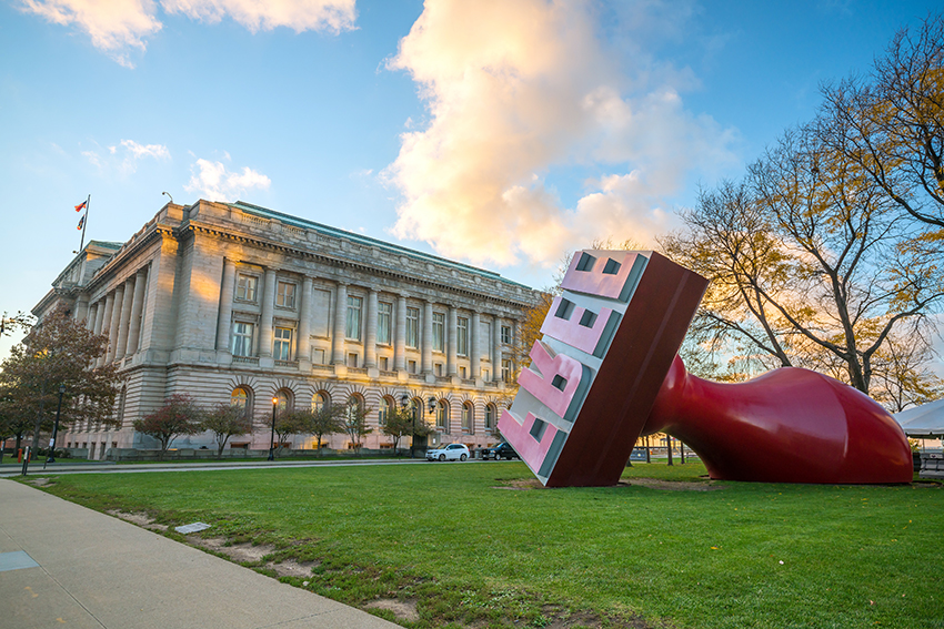 Cleveland museum of art from outside with 'free' sculpture