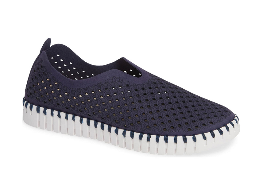 ilse jacobsen tulip performated sneaker.