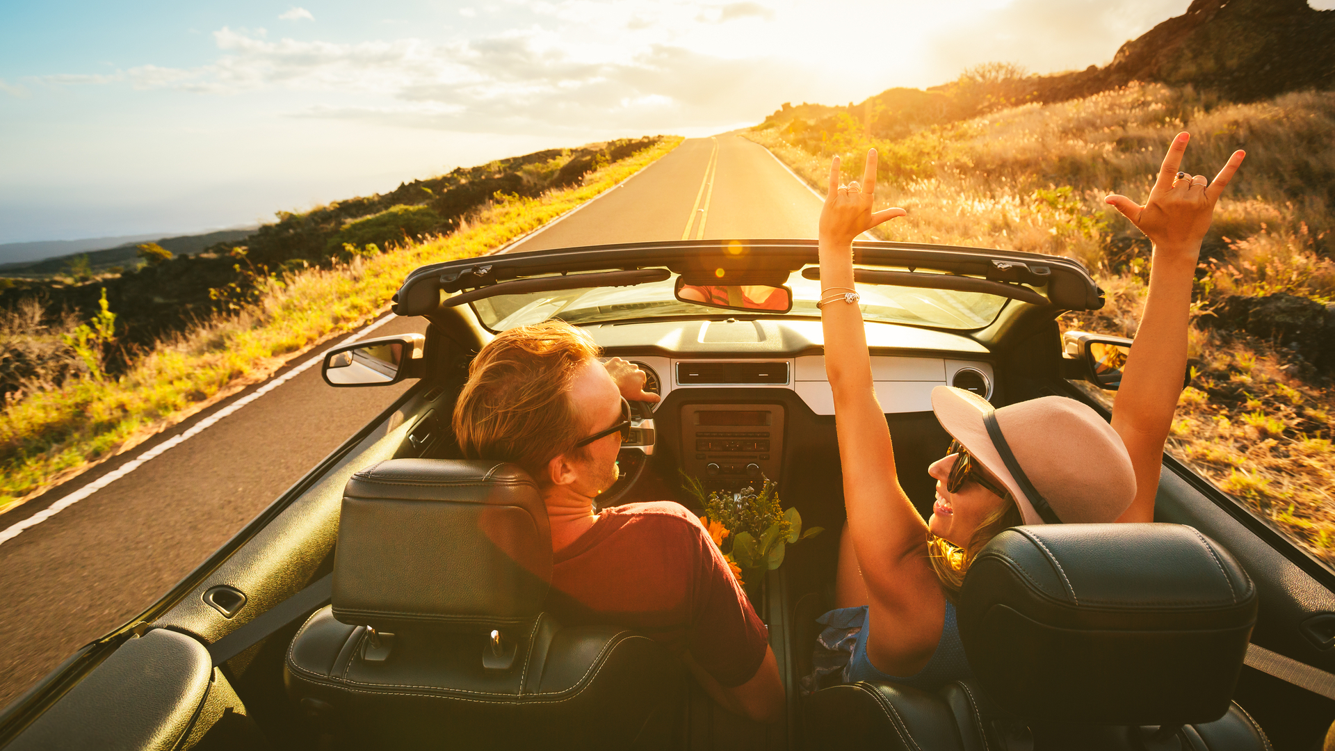 10 Road Trip Essentials: How to Stay Safe, Sane, and on Track on the Road
