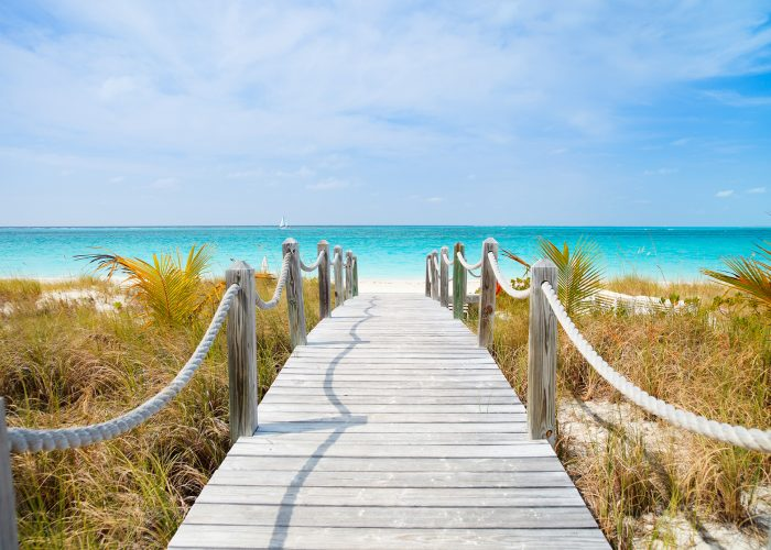 turks and caicos boardwalk to beach