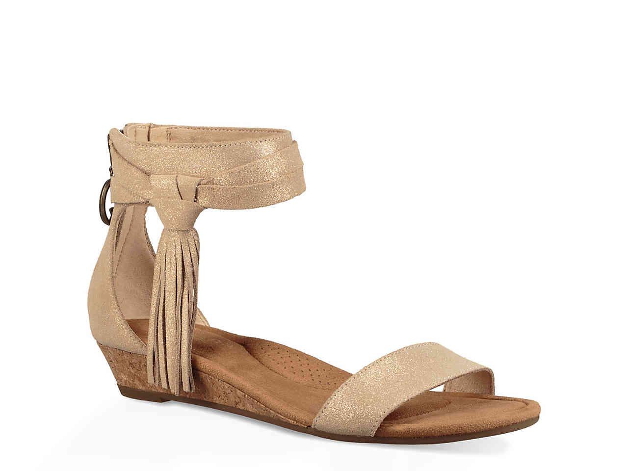 Koolaburra by ugg saige wedge sandal