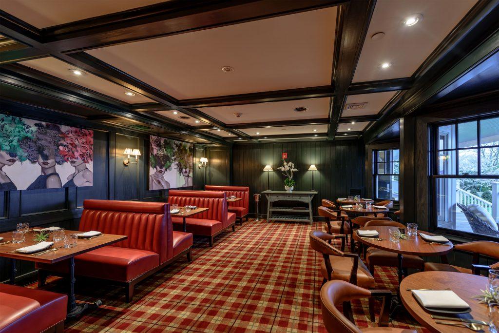 Harbor view hotel roaxana bar.