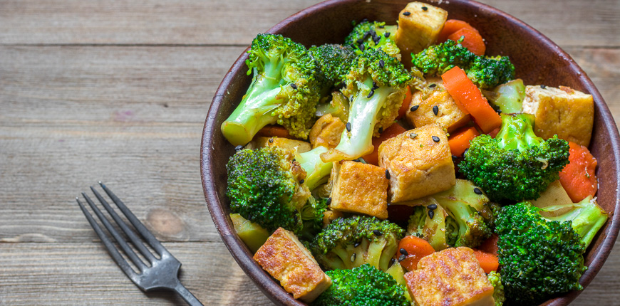 broccoli and tofu asian stir fry meal