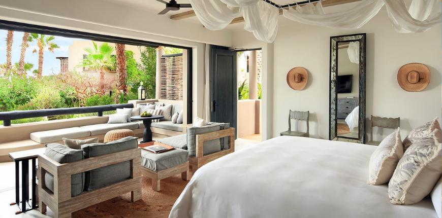 Esperanza resort terrace spa suite.