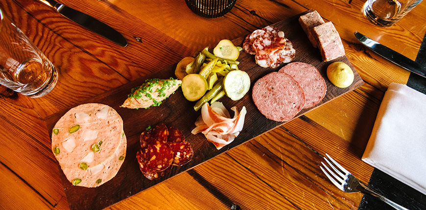 charcuterie plate at kensington quarters.